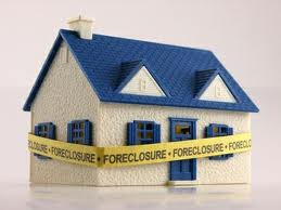 Finding a Foreclosure to Buy Image